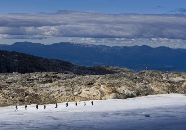Folgefonni Breførarlag AS Blue Ice Hike Juklavass Glacier
