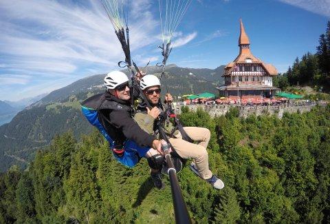 "Paragliding Interlaken GmbH - Paragliding ""Big Blue"" Sommer"